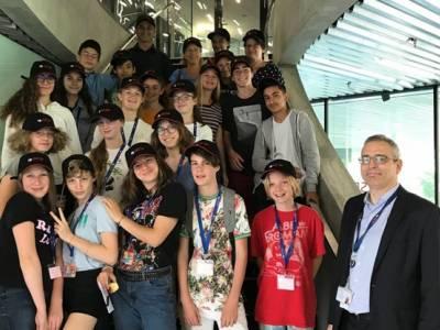 [REPOST-GCSP] Plus de 200 étudiants ont participé le 20 juin 2018 à l'événement Bâtisseurs de paix, organisé à la Maison de la paix
