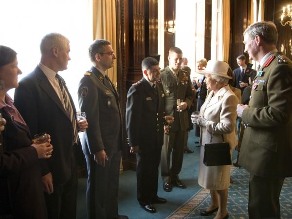 Avec la Reine d'Angleterre -2007-11-27, 1400 GMT